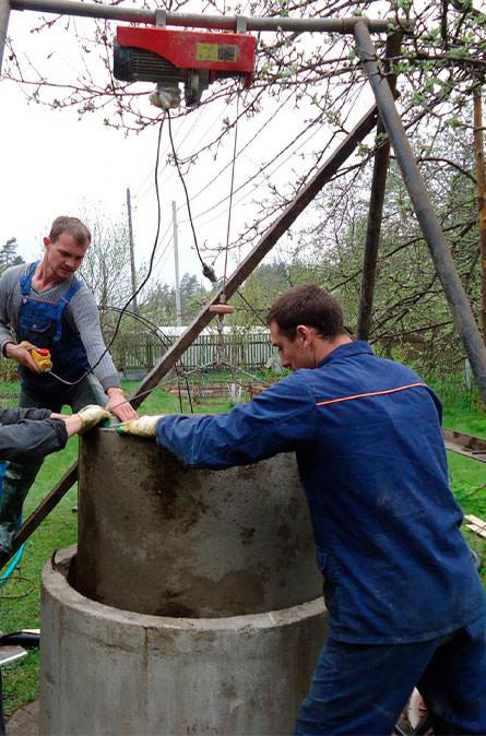 Как мы углубляем колодец в Луховицком районе
